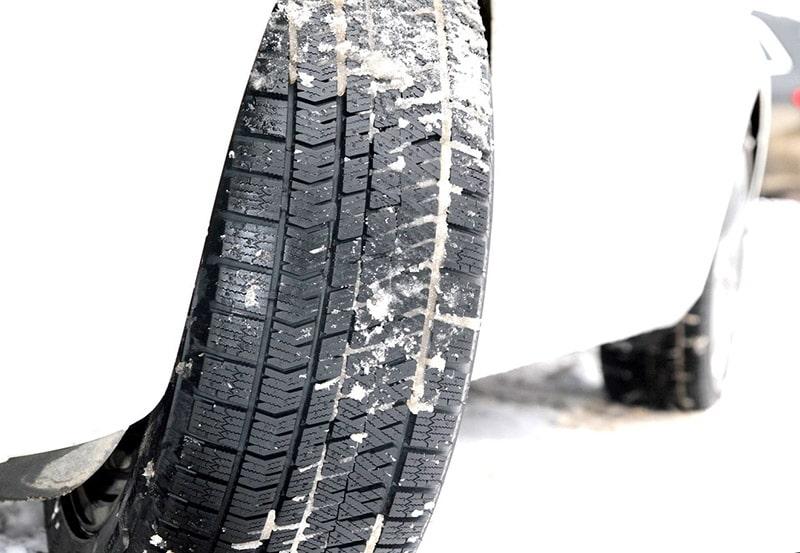 Шины Bridgestone BLIZZAK ICE на снегу